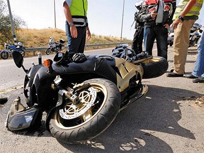 Consulta Gratuita en Español con Abogados de Accidentes de Moto en Fontana California