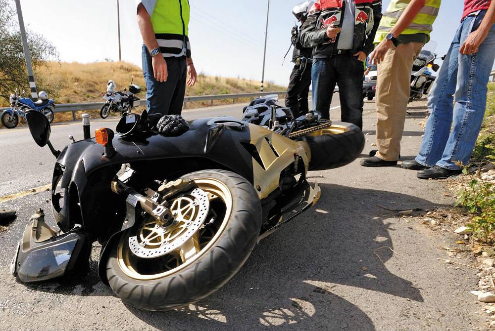 Los Mejores Abogados en Español Para Mayor Compensación en Casos de Accidentes de Moto en Fontana California