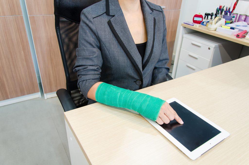 La Mejor Asesoría Legal de Abogados de Accidentes de Trabajo, Demanda de Derechos y Beneficios Cercas de Mí en Fontana California