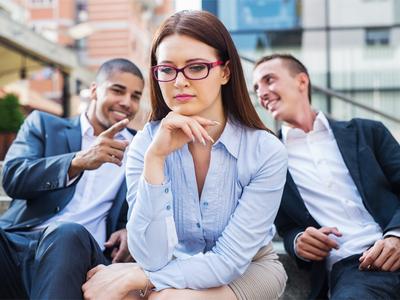 La Mejore Oficina Legal de Abogados en Español Expertos en Demandas de Discriminación Laboral, Derechos de Empleo Fontana California